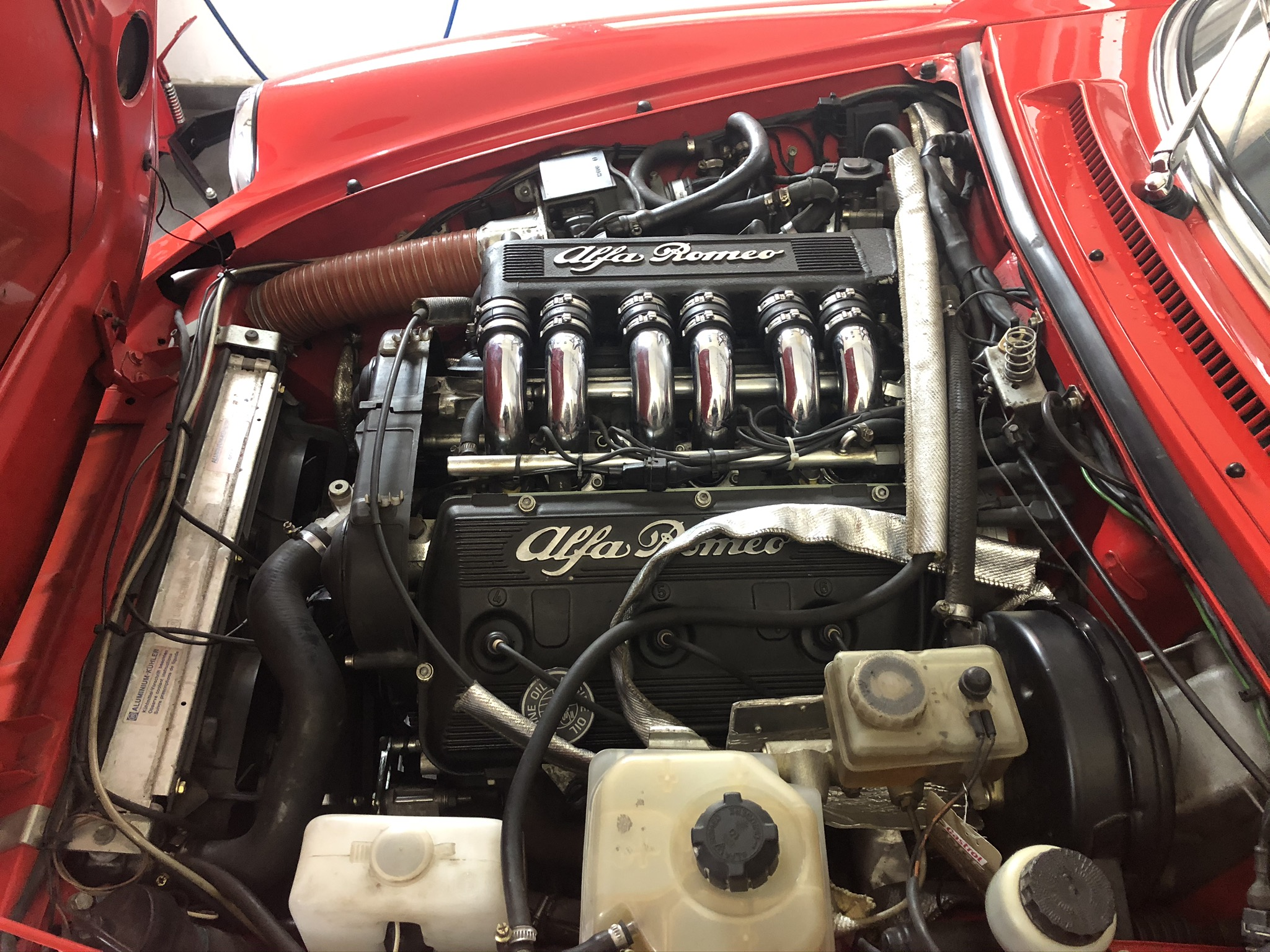 Alfa Romeo Spider Typ 115 mit einem V6 3,0 L Motor