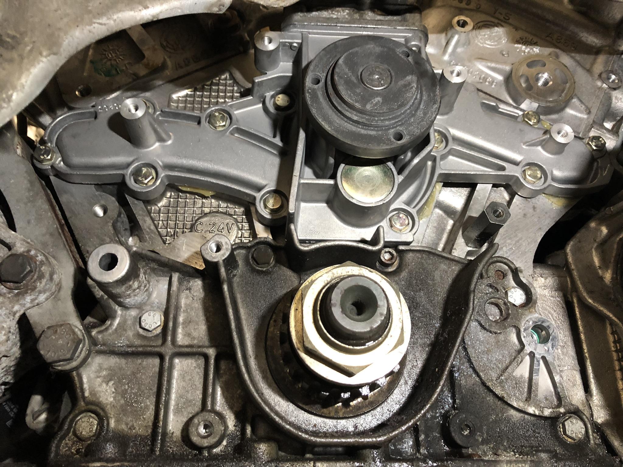 Wasserpumpe Alfa Romeo GT 3,2 V6 24V