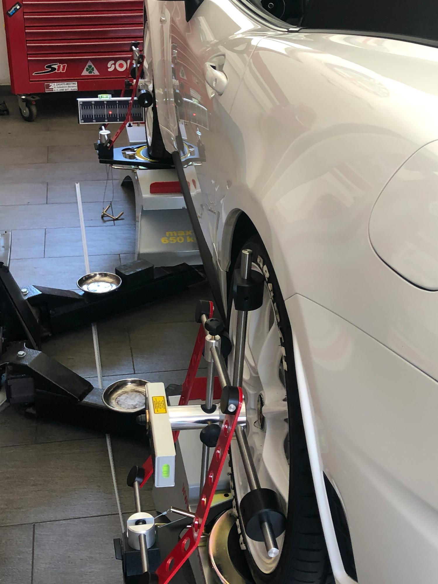 Achvermessung Spur Sturz Nachlauf - Gelnhausen Auto Werkstatt